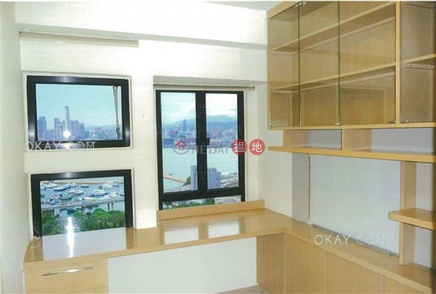 HK$ 55,000/ month Park Towers Block 1 Eastern District, Lovely 3 bedroom on high floor with harbour views | Rental