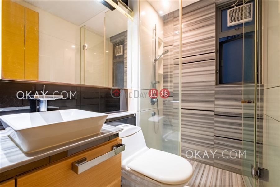 HK$ 13.2M | Tower 5 Aria Kowloon Peak Wong Tai Sin District, Elegant 2 bedroom with balcony | For Sale