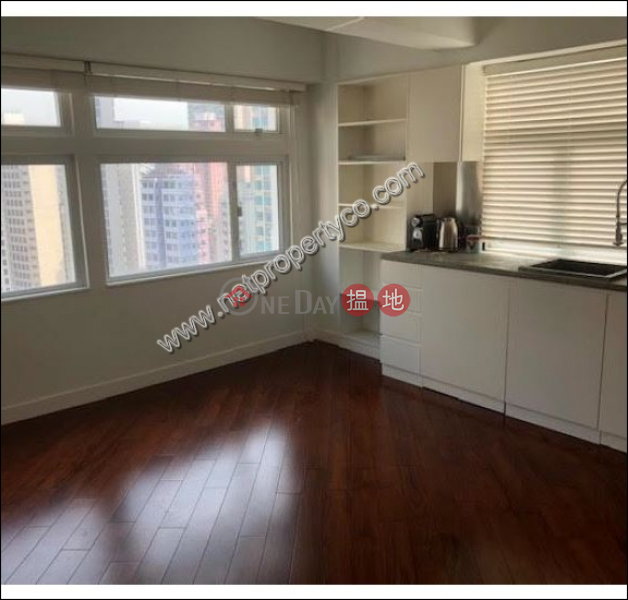 Newly renovated apartment for rent in Wan Chai | Fu Wing Court 富榮閣 Rental Listings