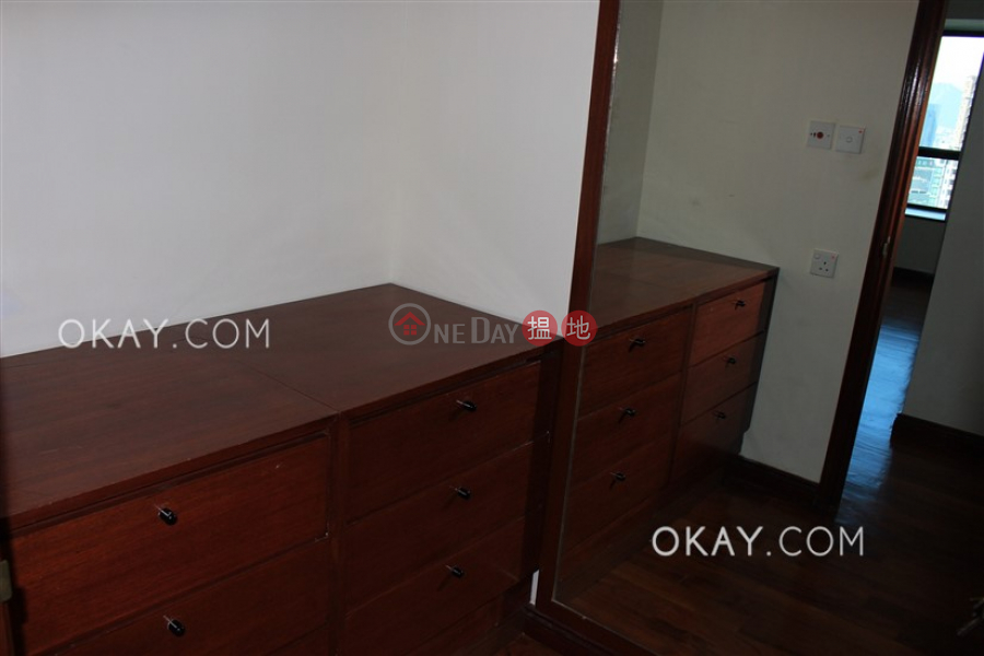 Stylish 4 bedroom with balcony | Rental, Dynasty Court 帝景園 Rental Listings | Central District (OKAY-R32162)