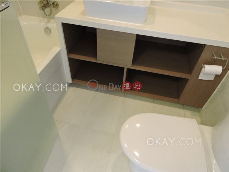3房2廁,實用率高,星級會所,可養寵物《聯邦花園出租單位》-41干德道 | 西區-香港|出租HK$ 53,000/ 月