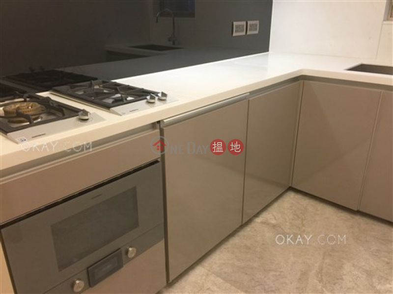 HK$ 12.9M The Nova, Western District Elegant 2 bedroom on high floor | For Sale