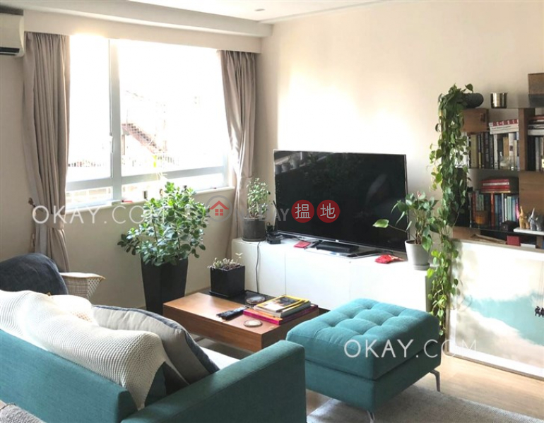 Cozy in Sheung Wan | For Sale, 35-43 Bonham Strand East | Western District Hong Kong Sales | HK$ 8.8M