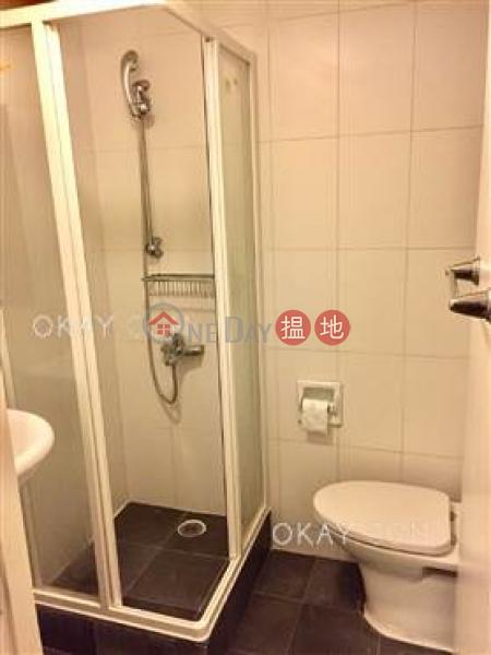 Efficient 3 bedroom in Mid-levels West | For Sale | Kam Kin Mansion 金堅大廈 Sales Listings
