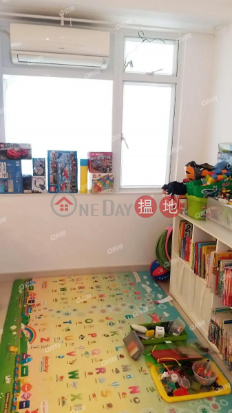 Property Search Hong Kong | OneDay | Residential, Sales Listings | Pokfulam Gardens | 3 bedroom Low Floor Flat for Sale
