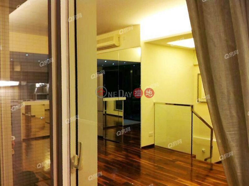 Centrestage | 3 bedroom High Floor Flat for Rent 108 Hollywood Road | Central District Hong Kong, Rental HK$ 90,000/ month