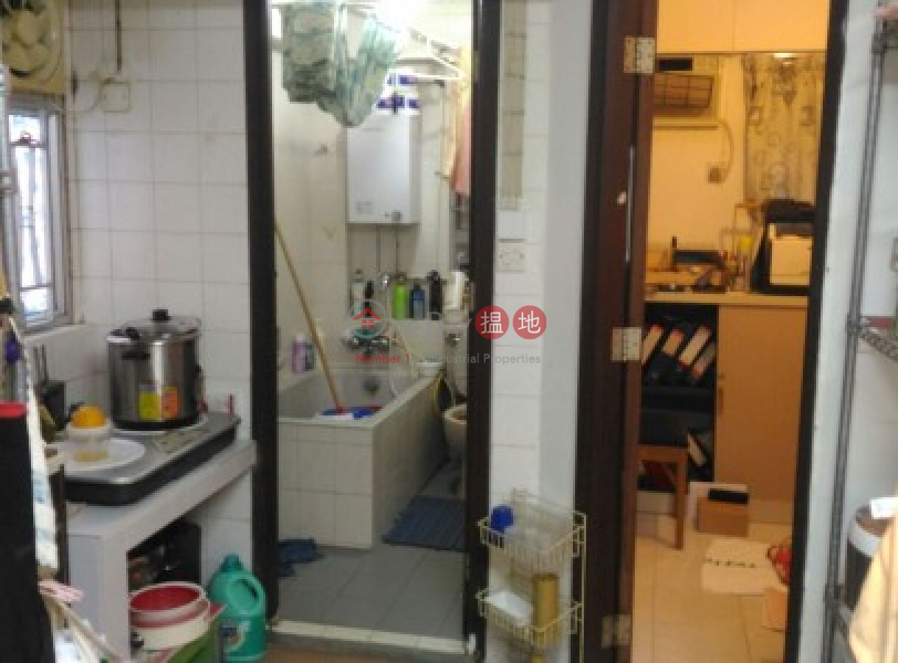 2 Bedrooms + 80 sqfts Outdoor Space at Tong Fuk-16梅窩碼頭路 | 大嶼山-香港|出售-HK$ 220萬