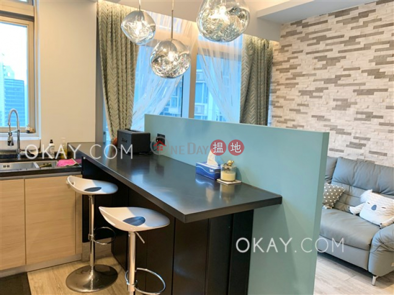 HK$ 18.5M | The Avenue Tower 2 | Wan Chai District Unique 1 bedroom on high floor with balcony | For Sale