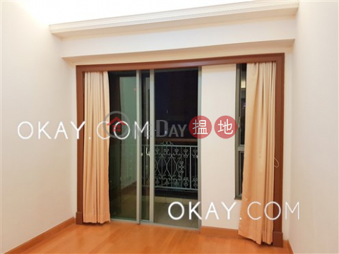 Popular 3 bedroom with balcony | For Sale|2 Park Road(2 Park Road)Sales Listings (OKAY-S964)_0