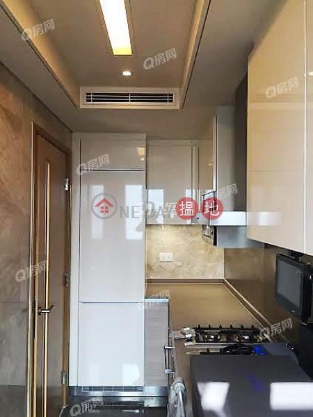HK$ 45,000/ month Grand Austin Tower 5 Yau Tsim Mong   Grand Austin Tower 5   3 bedroom Mid Floor Flat for Rent