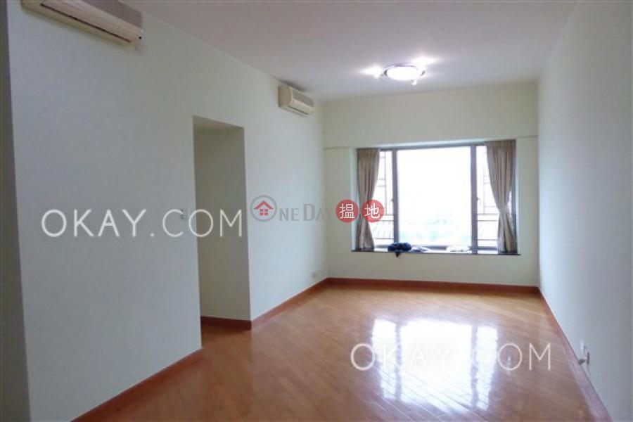 Tasteful 3 bedroom in Kowloon Station | Rental | Sorrento Phase 2 Block 2 擎天半島2期2座 Rental Listings
