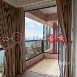 Gorgeous 4 bedroom with sea views & parking | Rental