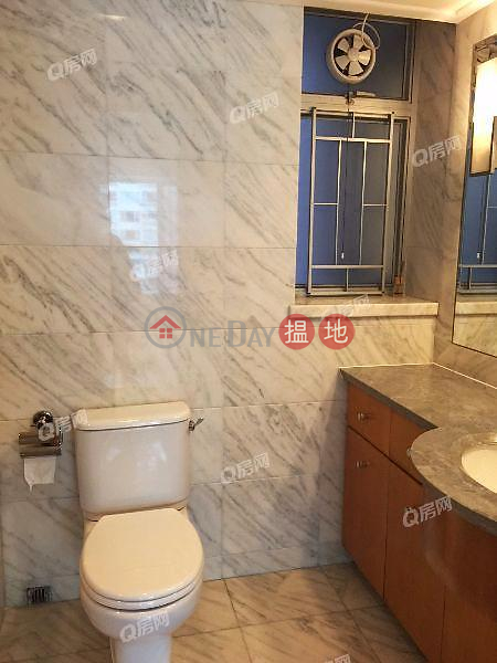 HK$ 34,000/ month The Waterfront Phase 1 Tower 1 Yau Tsim Mong, The Waterfront Phase 1 Tower 1 | 2 bedroom Mid Floor Flat for Rent
