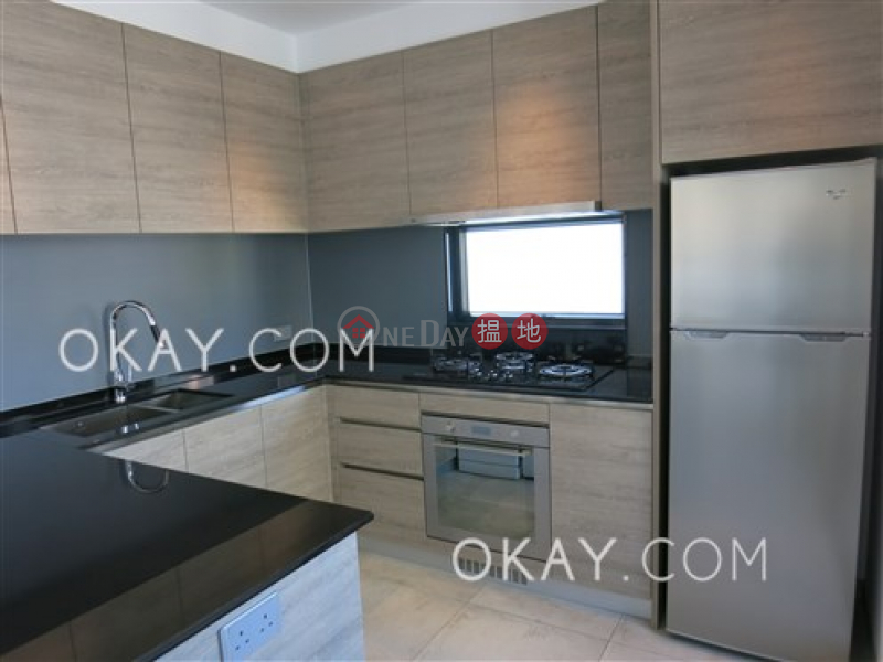 Lovely 1 bedroom on high floor with balcony | Rental | Tai Ping Mansion 太平大廈 Rental Listings