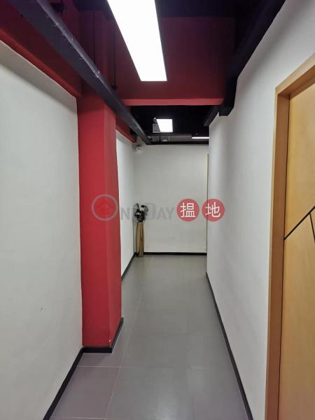 HK$ 5,500/ 月-偉業工業大廈觀塘區|大大間 ,有窗 ,24小時工作室 免佣金,包寫字樓裝修,即租即用