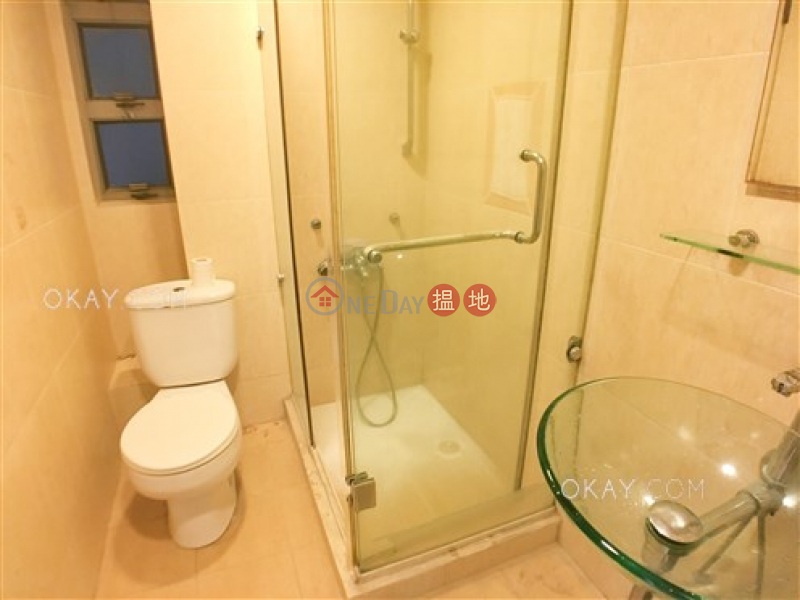 HK$ 35,000/ month | Block A Grandview Tower | Eastern District | Popular 3 bedroom with parking | Rental