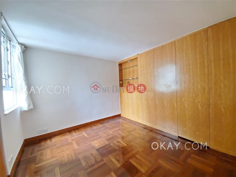 Efficient 3 bedroom with parking   Rental   Realty Gardens 聯邦花園 Rental Listings