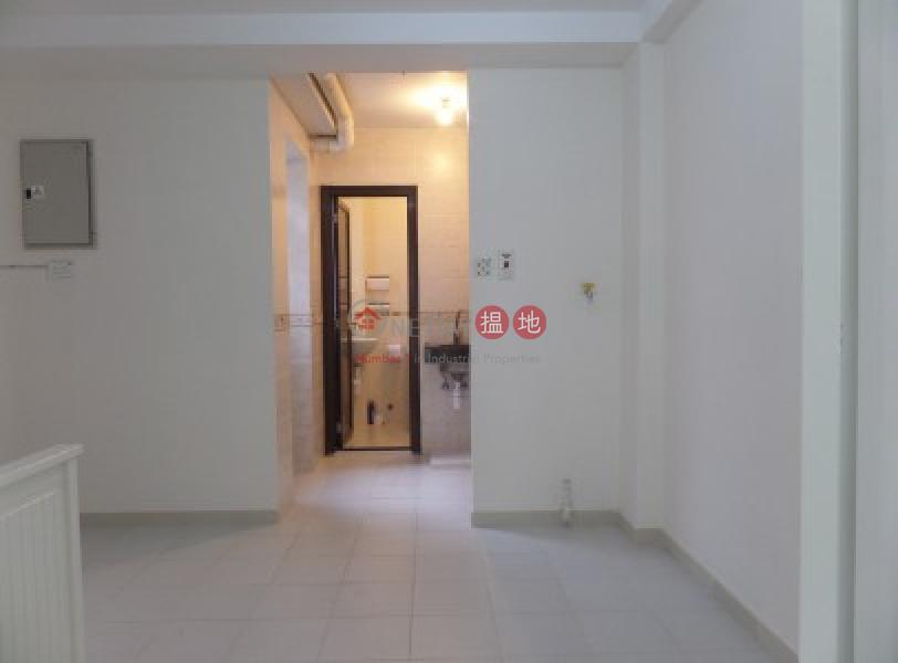 Newly Renovated 700 sqfts with Kitchen, 16 Mui Wo Ferry Pier Road | Lantau Island Hong Kong, Rental HK$ 12,000/ month