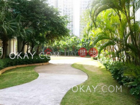 Stylish 3 bedroom with sea views | For Sale|South Horizons Phase 2, Yee Mei Court Block 7(South Horizons Phase 2, Yee Mei Court Block 7)Sales Listings (OKAY-S30660)_0