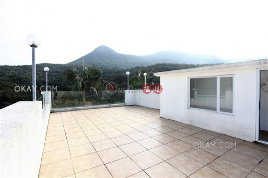 Rare house with rooftop, terrace & balcony | Rental | Mau Po Village 茅莆村 Rental Listings