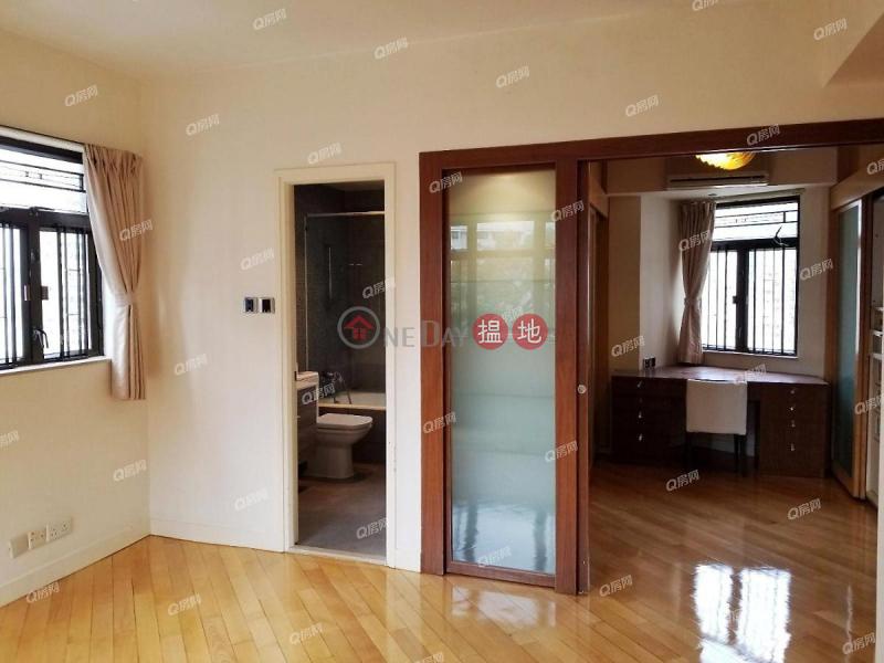 HK$ 26M   Sunrise Court, Wan Chai District, Sunrise Court   2 bedroom High Floor Flat for Sale