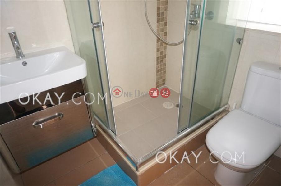 香港搵樓|租樓|二手盤|買樓| 搵地 | 住宅-出租樓盤|2房2廁,極高層,海景,露台《華登大廈出租單位》