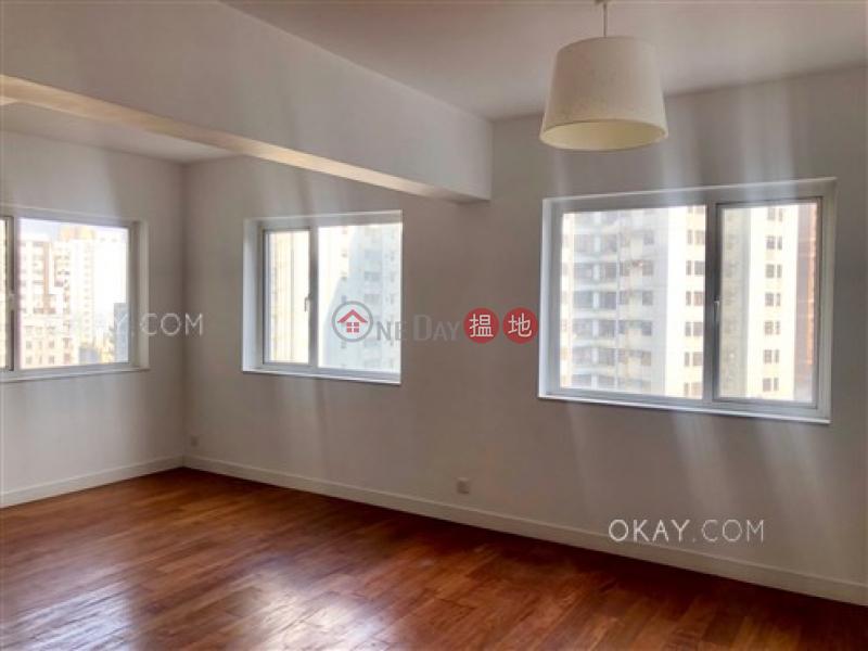 Nicely kept 2 bedroom in Fortress Hill | Rental | Kent Mansion 康德大廈 Rental Listings