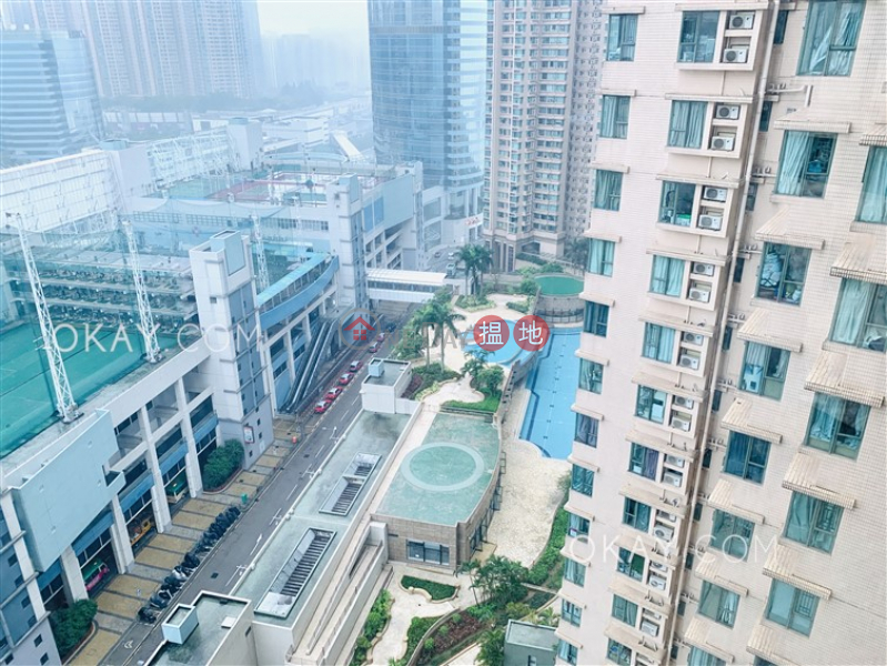 HK$ 1,180萬-維港灣2座油尖旺2房1廁,極高層,星級會所《維港灣2座出售單位》