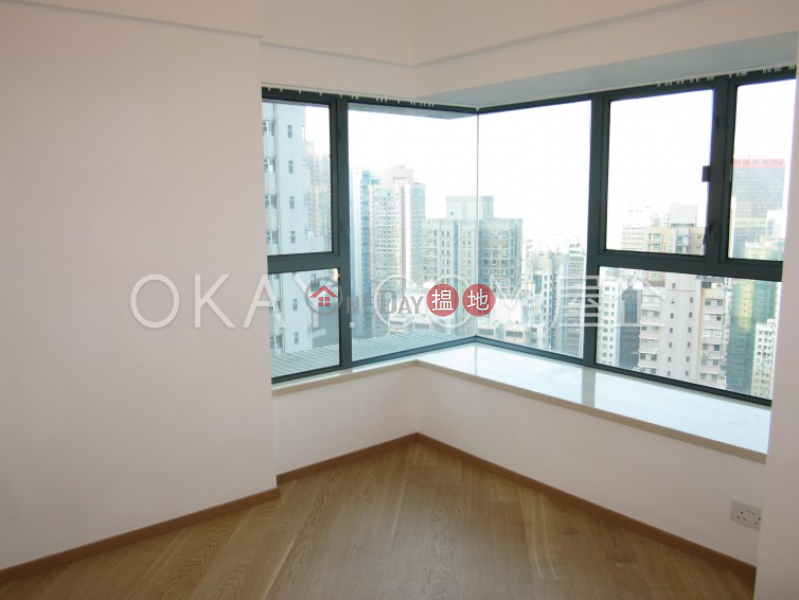 HK$ 52,000/ 月 羅便臣道80號西區3房2廁,星級會所,連車位羅便臣道80號出租單位