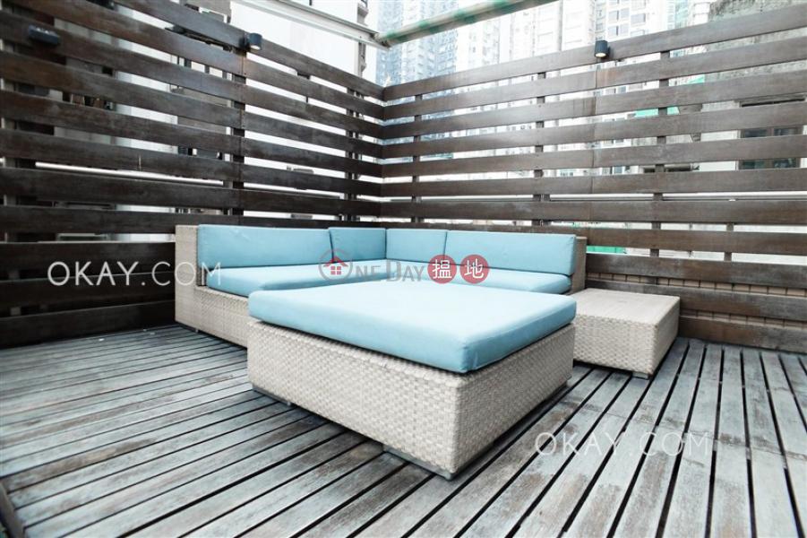 2房2廁,星級會所《寶華軒出售單位》117堅道   中區 香港出售HK$ 2,400萬