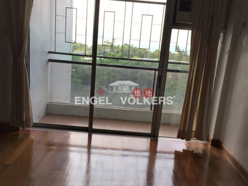 Property Search Hong Kong | OneDay | Residential | Rental Listings | 3 Bedroom Family Flat for Rent in Tai Koo