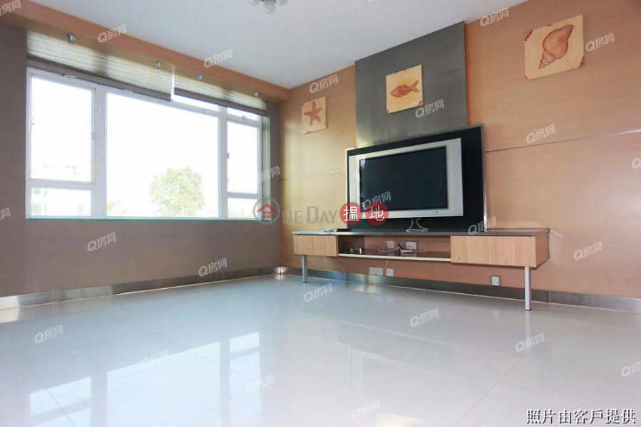 Property Search Hong Kong | OneDay | Residential | Rental Listings House 18 Villa Royale | 3 bedroom House Flat for Rent