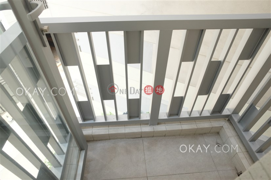 HK$ 25,400/ month Resiglow Pokfulam, Western District Charming 1 bedroom with terrace & balcony | Rental