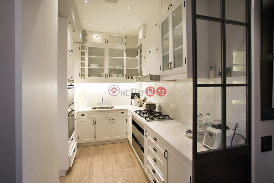 Property Search Hong Kong | OneDay | Residential | Sales Listings Fabulous Colonial Penthouse with Stunning Roof Terrace