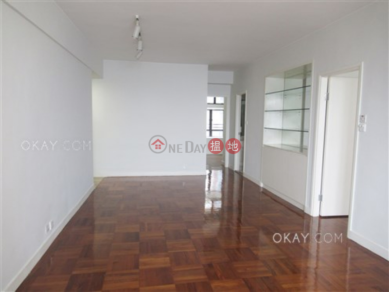 Efficient 3 bedroom on high floor with parking | For Sale | Scenic Heights 富景花園 Sales Listings