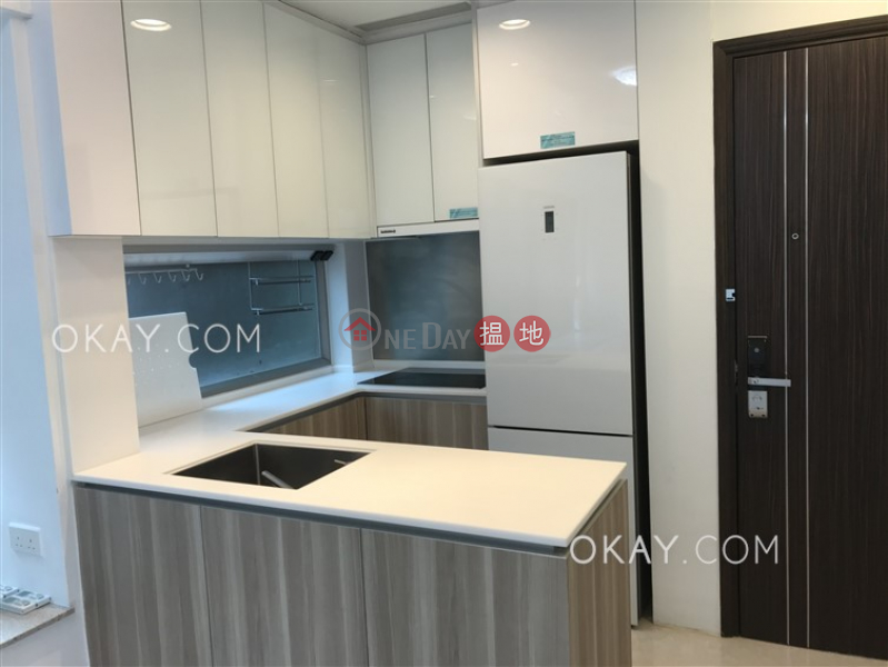 HK$ 26,000/ 月|Diva灣仔區2房1廁,星級會所,可養寵物,露台《Diva出租單位》