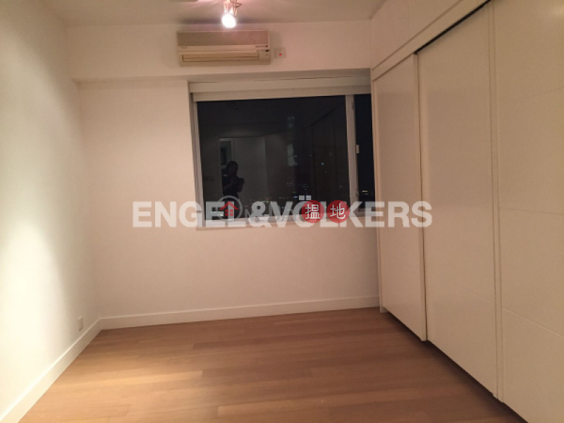 4 Bedroom Luxury Flat for Rent in Mid Levels West | Hong Kong Garden 香港花園 Rental Listings