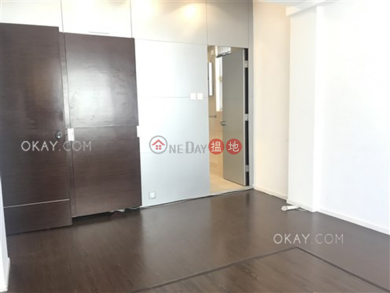 HK$ 33M Wah Sen Court | Western District, Beautiful 2 bed on high floor with balcony & parking | For Sale