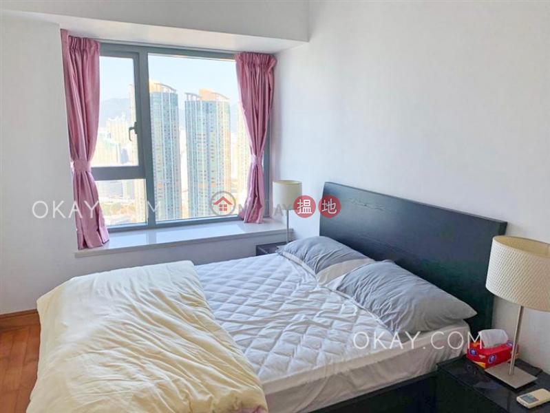 Nicely kept 2 bedroom on high floor with balcony | Rental | The Harbourside Tower 2 君臨天下2座 Rental Listings