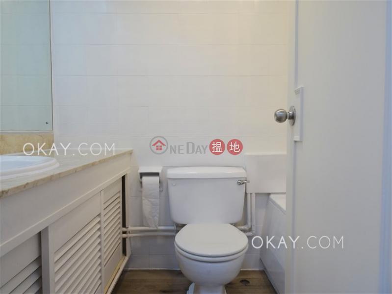 3房2廁,極高層,連車位龍華花園出租單位|龍華花園(Ronsdale Garden)出租樓盤 (OKAY-R29875)