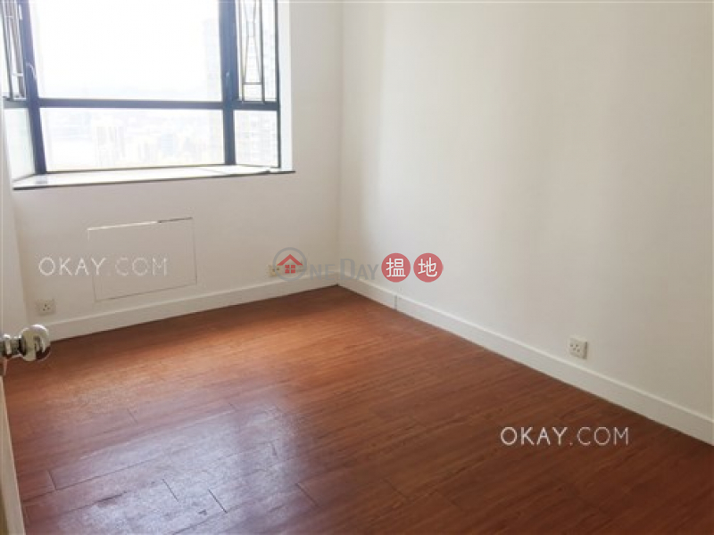 Rare 3 bedroom on high floor with balcony & parking | Rental | Ronsdale Garden 龍華花園 Rental Listings