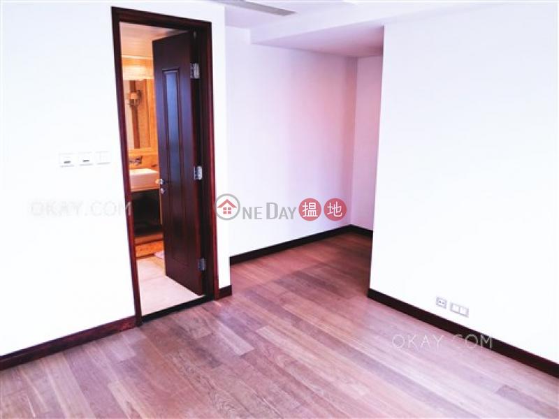 HK$ 58,000/ 月名門1-2座灣仔區-3房2廁,極高層,星級會所,露台名門1-2座出租單位