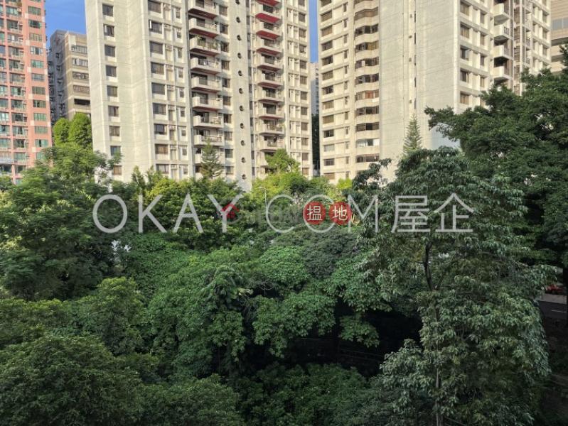 香港搵樓|租樓|二手盤|買樓| 搵地 | 住宅-出售樓盤-2房1廁,實用率高,連車位,露台文翠閣出售單位