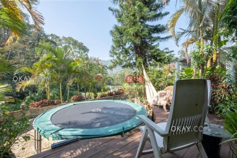HK$ 15M Long Keng, Sai Kung | Elegant house with rooftop, terrace & balcony | For Sale