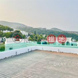 Charming house with sea views, balcony | Rental