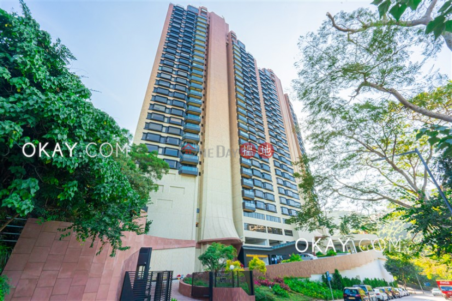 Property Search Hong Kong | OneDay | Residential, Sales Listings | Unique 3 bedroom on high floor with sea views & parking | For Sale