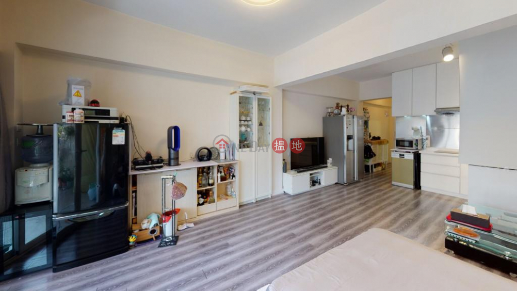 Property Search Hong Kong | OneDay | Residential | Sales Listings | Flat for Sale in Yau Kwong Building, Wan Chai
