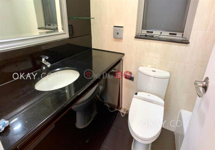 HK$ 39,000/ month | Sorrento Phase 1 Block 5 | Yau Tsim Mong | Charming 3 bedroom with terrace | Rental