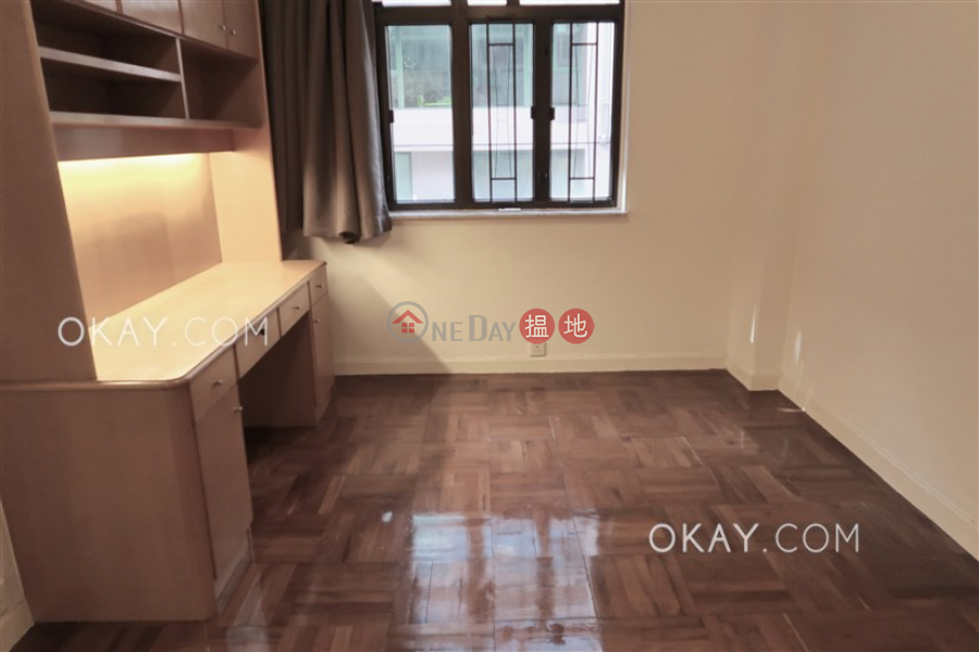 HK$ 35,000/ month Shing Kai Mansion, Western District Nicely kept 3 bedroom in Mid-levels West | Rental