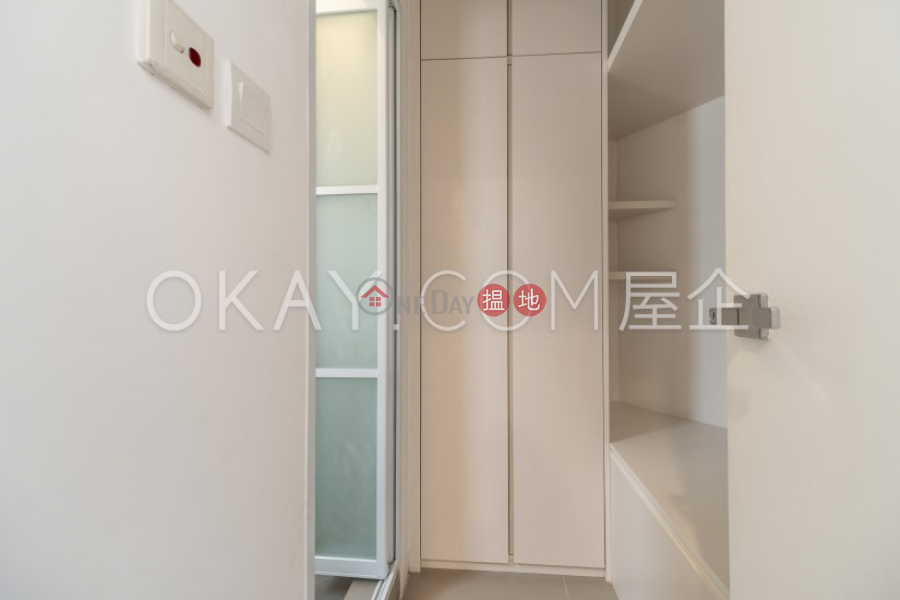 3房2廁,極高層,連車位聖佐治大廈出租單位81窩打老道 | 油尖旺|香港-出租HK$ 43,000/ 月